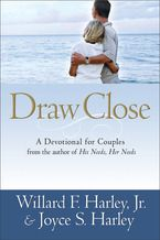 Draw Close: A Devotional for Couples *Scratch & Dent*
