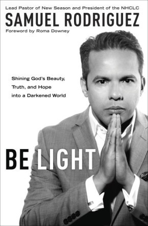 Be Light: Shining God's Beauty, Truth, and Hope into a Darkened World *Scratch & Dent*