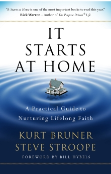 It Starts at Home: A Practical Guide to Nurturing Lifelong Faith *Scratch & Dent*