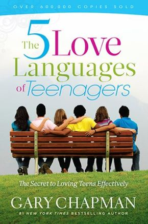 The 5 Love Languages of Teenagers New Edition: The Secret to Loving Teens Effectively *Scratch & Dent*