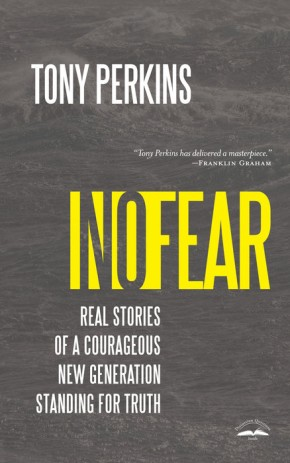 No Fear: Real Stories of a Courageous New Generation Standing for Truth *Scratch & Dent*